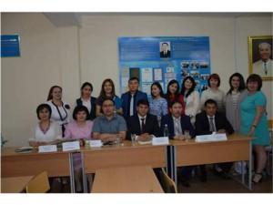 Известные ученые и журналисты читают лекций для студентов кафедры журналистики.