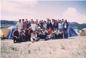 Студенты 1 курса на археологической практике, выпуск 2009 года вместе с сахэмами